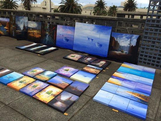 St. Kilda Beach : Sunday market at St Kilda Esplanade