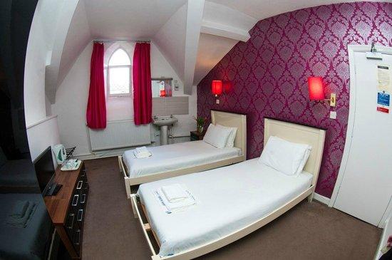 Mitre Hotel: Non en suite twin