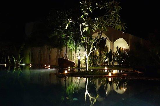Navutu Dreams Resort & Wellness Retreat: Night shot at the main pool