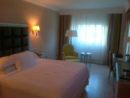 Hilton Alexandria Corniche: colorful