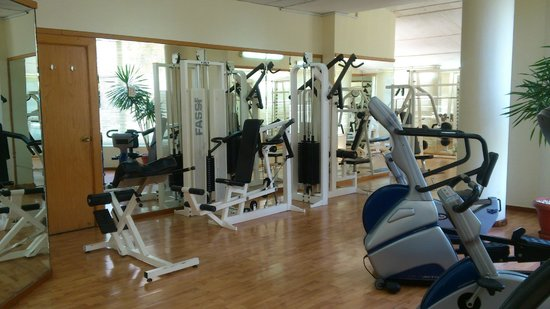 Island View Resort : спортзал