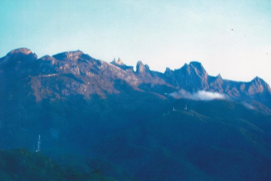 Kinabalu Park : Mount Kinabalu From another angle