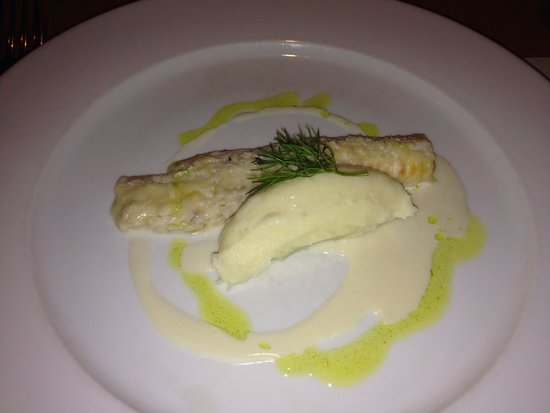 Michael Neave's Kitchen and Whisky Bar: Haddock
