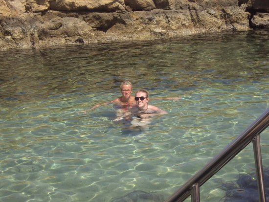 SENTIDO Cypria Bay : swimming in the rock pool at the hotel