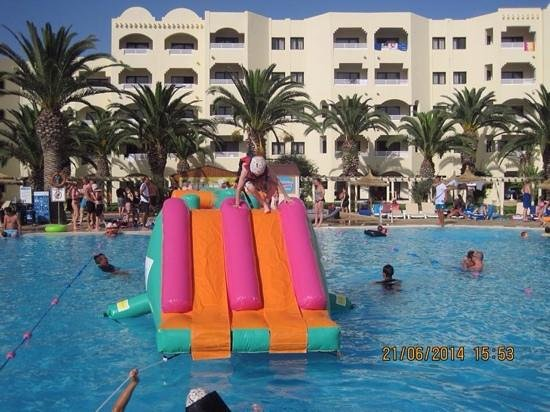 Hotel Manar: twin tracker fun