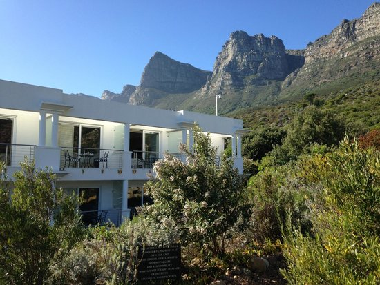 The Twelve Apostles Hotel and Spa: A view of our room form the outside
