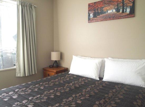 Airways Motel: Two Bedroom Queen Room