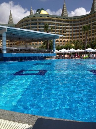Delphin Imperial Hotel Lara: Pool side at Aqua Bar