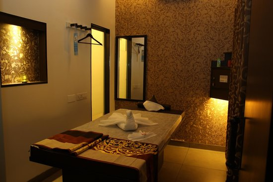 Four Fountains De-Stress Spa - Kalyan Nagar