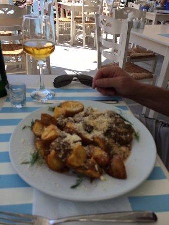 Avocado Restaurant: Amazing food, best potatoes I have ever had :-)