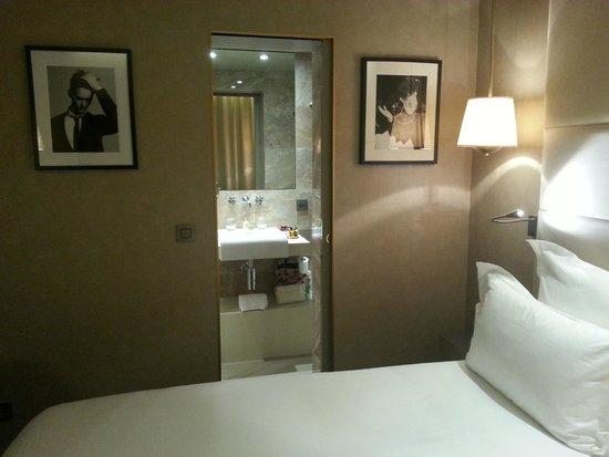 Hotel Armoni: Room