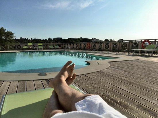 Villa Tolomei Hotel and Resort : la piscine