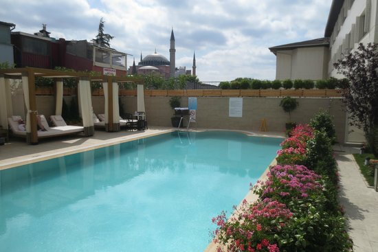 Sura Hagia Sophia Hotel : piscine