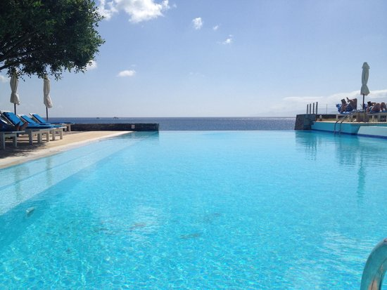St. Nicolas Bay Resort Hotel & Villas : La piscine