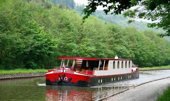 Aurora Hotel Ship
