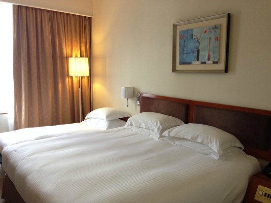 The Cityview Hong Kong: Room with extra single bed