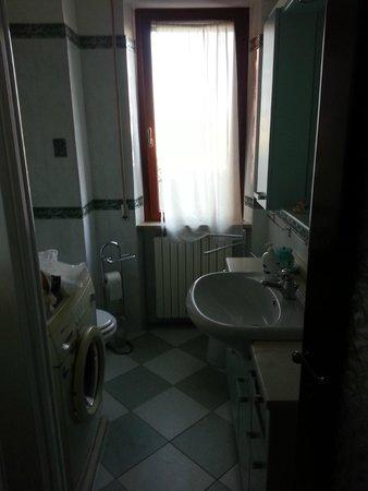 Casale al Mare: Altro lato del bagno interno 1