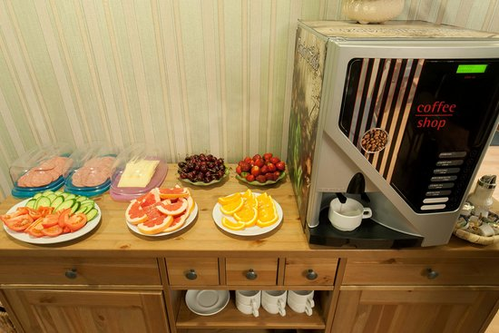 Комфорт Отель: Breakfast
