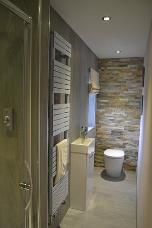 Catherine House: Our double room exclusive shower room