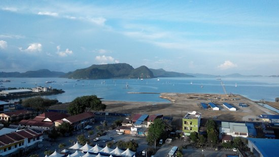 Bayview Hotel Langkawi: Seaview from Room