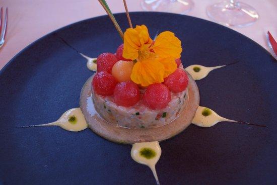 Restaurant a la Chotte : Tartare de loup, melon, pastèque