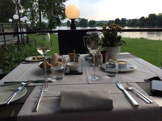 Hostellerie de Hamert: Dineren met zicht op De Maas