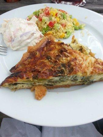 Quayside Lawrenny Tearoom: Cheese and leek tart