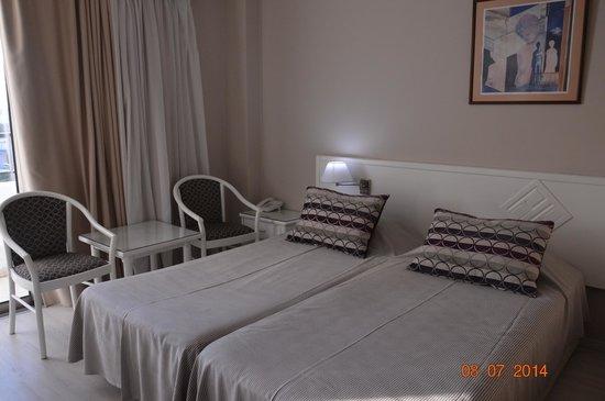 Pavlo Napa Beach Hotel: мебель добротная, без следов износа