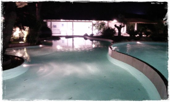 Hotel Meridiana - Paestum: Piscina di notte