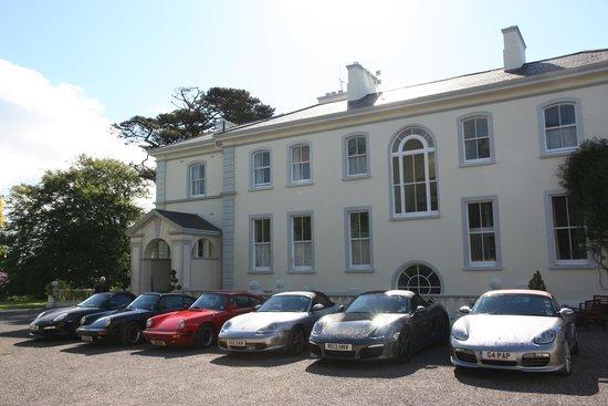 Liss Ard Estate: Secure parking