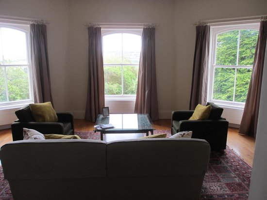 Liss Ard Estate: our room lounge