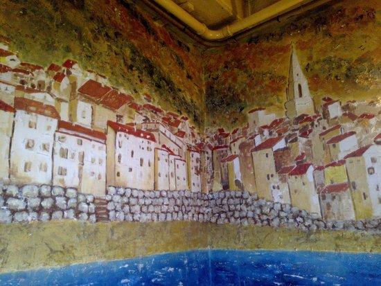 Petit Latin : L'affresco di sapore provenzale