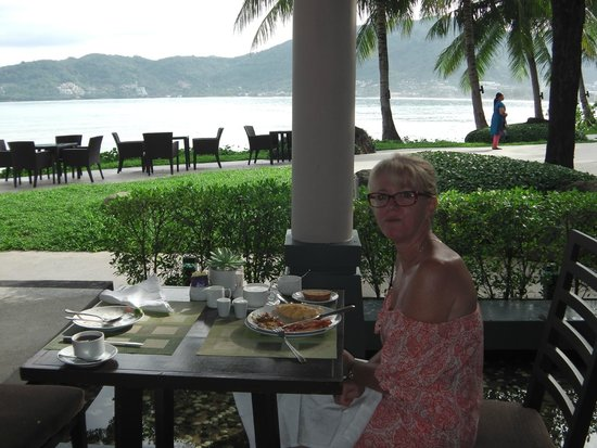 Amari Phuket: Breakfast with a view.