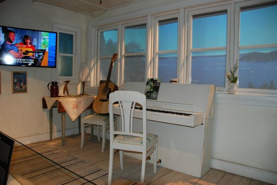 ABBA The Museum : In this summer cottage most of the hits were composed