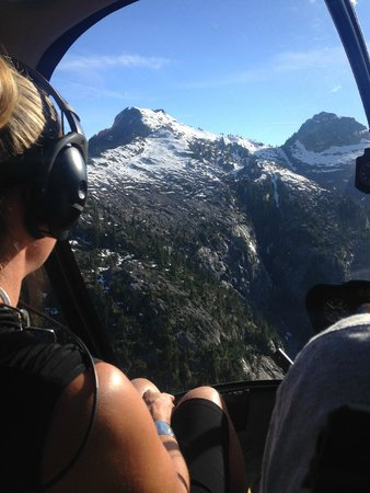 Vancouver Helicopter Tours - BC Helicopters : Mountain peaks