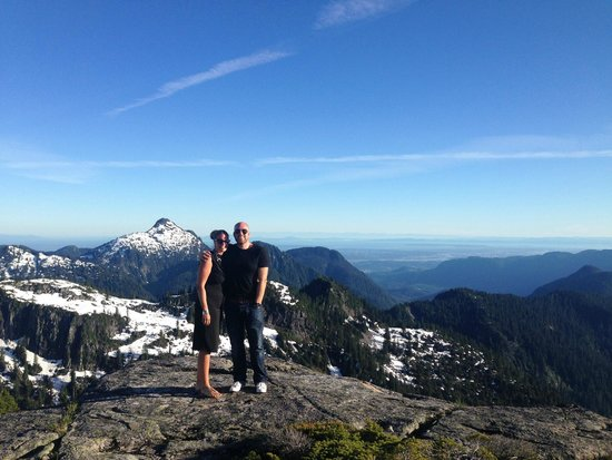 Vancouver Helicopter Tours - BC Helicopters : Atop the mountain following my proposal