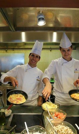 The Ritz-Carlton, Istanbul: 美味しい朝食を作ってくれるフレンドリーなスタッフ