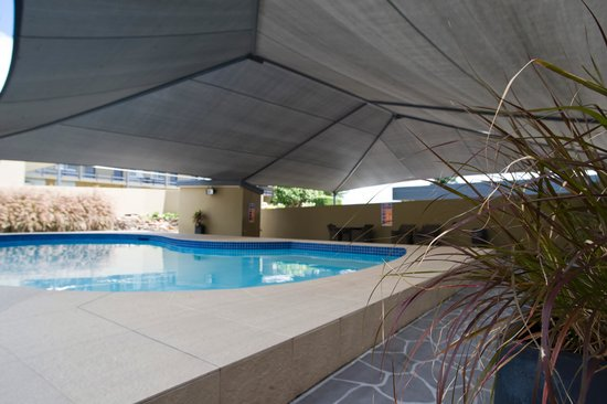 Mid City Motor Inn: Swimming Pool