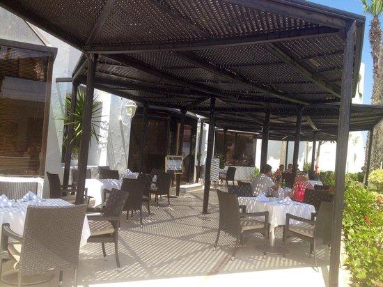 Orient Palace Hotel : Restaurant