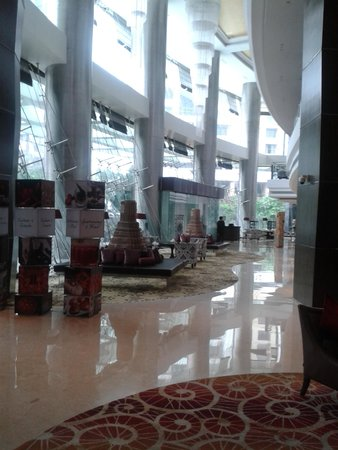Sofitel Mumbai BKC : view from lobby