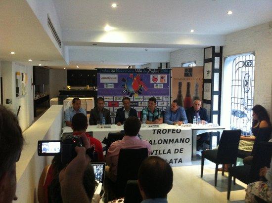 HolaHotel Del Carmen: rueda de prensa