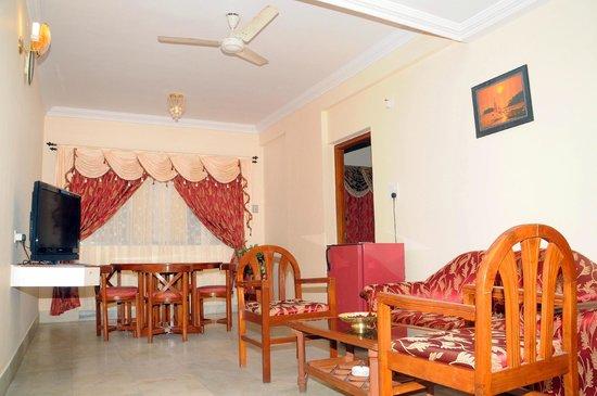 Hotel Mangalore International : Suite Room Dining
