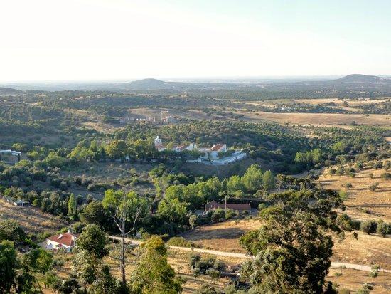 Pousada Convento Arraiolos : De pousada gezien vanop het kasteel van Arraiolos
