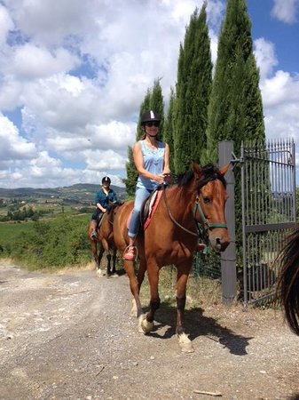Fun in Tuscany: beginning our ride