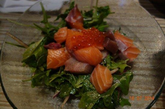 Addiction Aquatic Development : Tuna, salmon, salmon roes salad