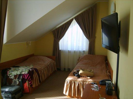 Moris: My room