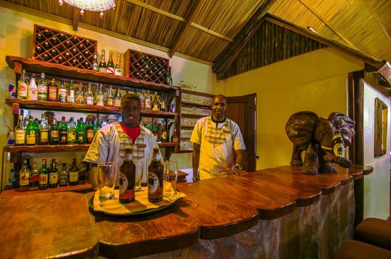 Sentrim Mara Camp : Bar