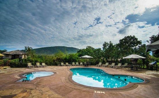 Sentrim Mara Camp : Swimming Pool
