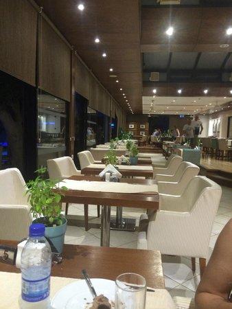 Anemi Hotel Apartments: вид из ресторана