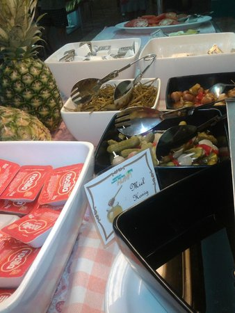 Breakfast fit for a king at HSM S'Olivera